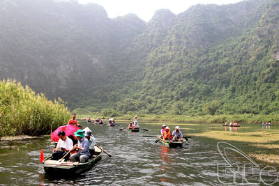 Ninh Binh seeks ways to promote tourism