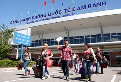 Efforts made to relieve obstacles in granting tourist visas in Viet Nam