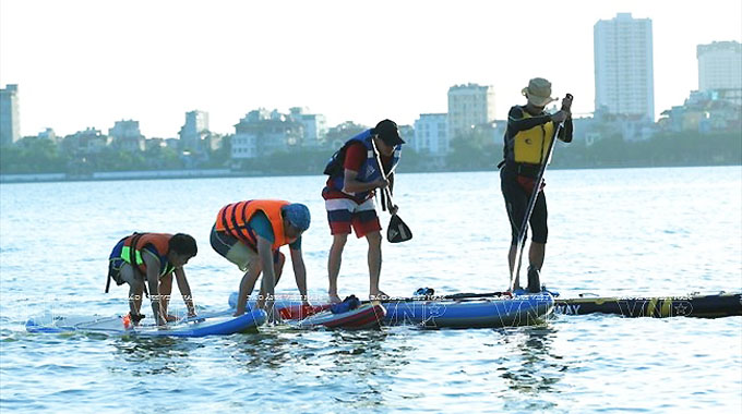 Experience Stand Up Paddle boarding in West Lake