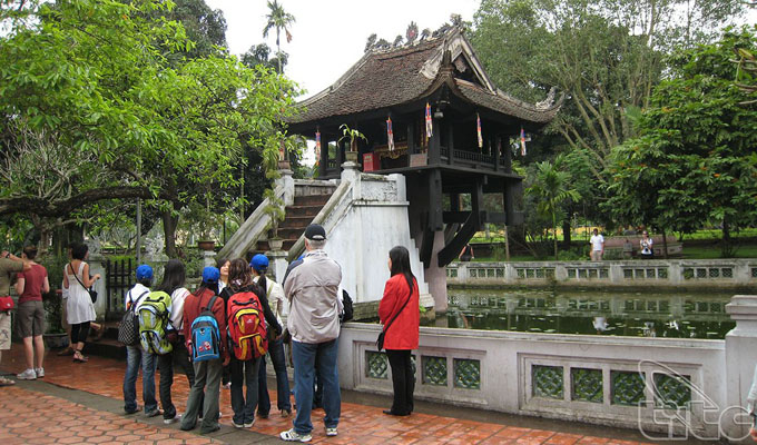 Discover Ha Noi history with a walking tour of Ba Dinh