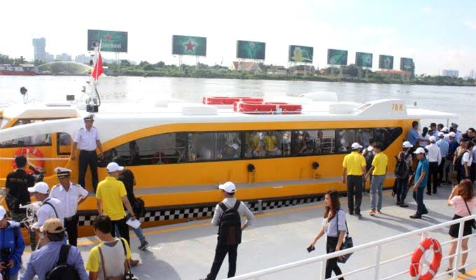 HCMC to launch seven more waterway tour routes