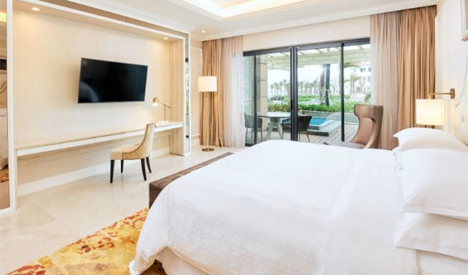 Sheraton Grand Danang Resort offers new package