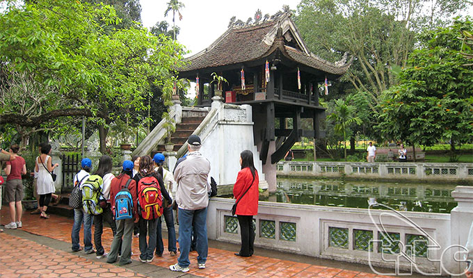 Ha Noi expects to serve nearly 20 million tourists during Jan-Sep