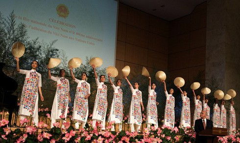 Overseas Vietnamese preserve traditional culture