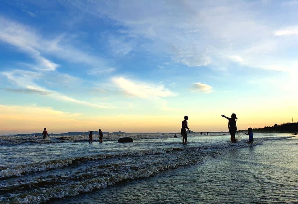 Quang Ninh reopens some economic, sport, cultural activities