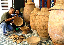 Sa Huynh's ancient jar tombs restored